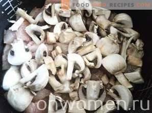 Filetto di pollo con funghi in panna acida