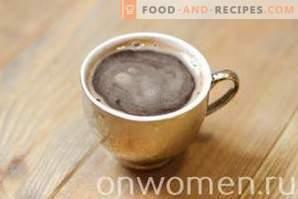 Cappuccino senza macchina da caffè a casa