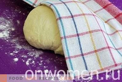 Pasta lievitata su kefir per torte