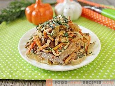 Insalata con fegato di pollo e carota coreana