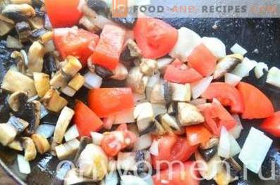 Sugo ai funghi con pomodori e olive