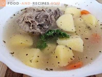 Zuppa di patate in un multicooker