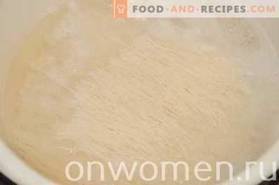 Vermicelli di riso con pollo in salsa di soia