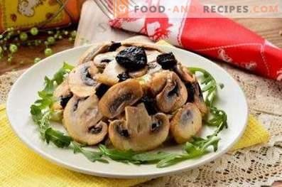 Insalate con pollo e funghi