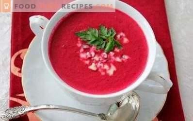 Zuppa di purea di barbabietole